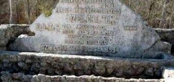 Mundo Maya: Dzibilchaltun, escritura en las piedras