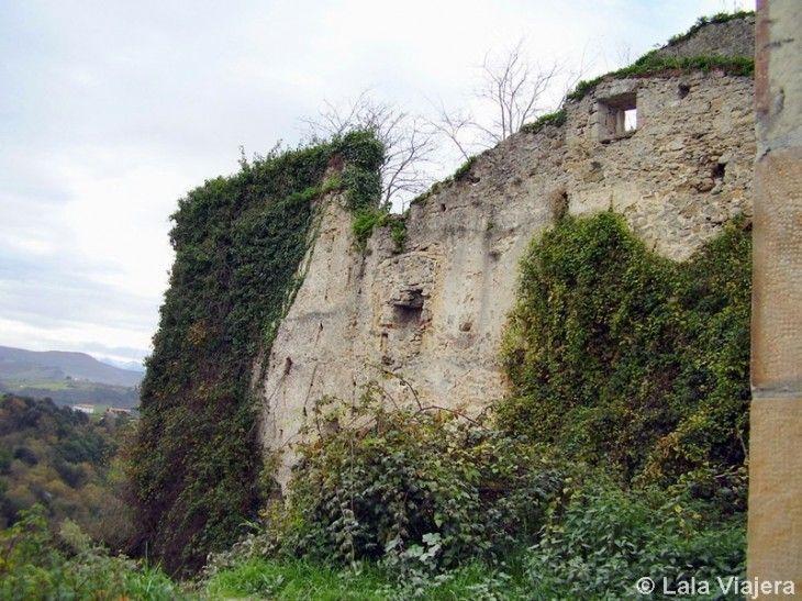 Ruinas del Hospital de la Concepcion, San Vicente de la Barquera, Cantabria