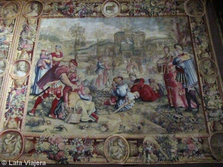 Tapiz Cacerías de Maximiliano, Castillo de Pau