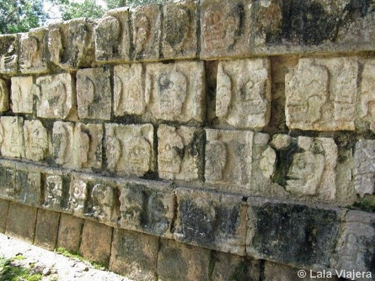 Calaveras del Tzompantli, Chichen Itza