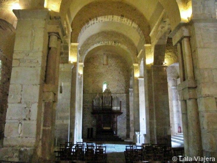 Interior de la Basílica Saint-Just de Valcabrère