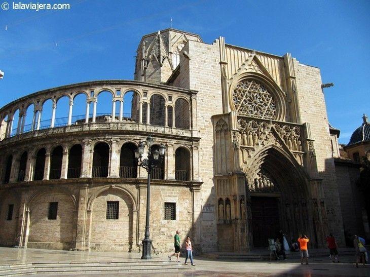 Puerta de los Apóstoles de la Catedral de Valencia