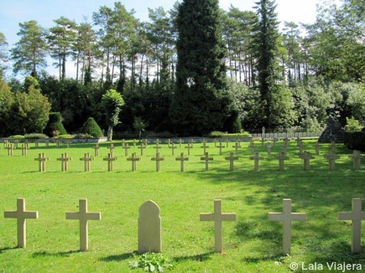 Cementerio en la Ciudadela de Dinant