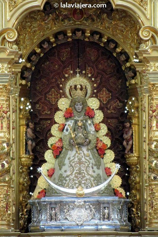 Virgen de El Rocío, la Blanca Paloma