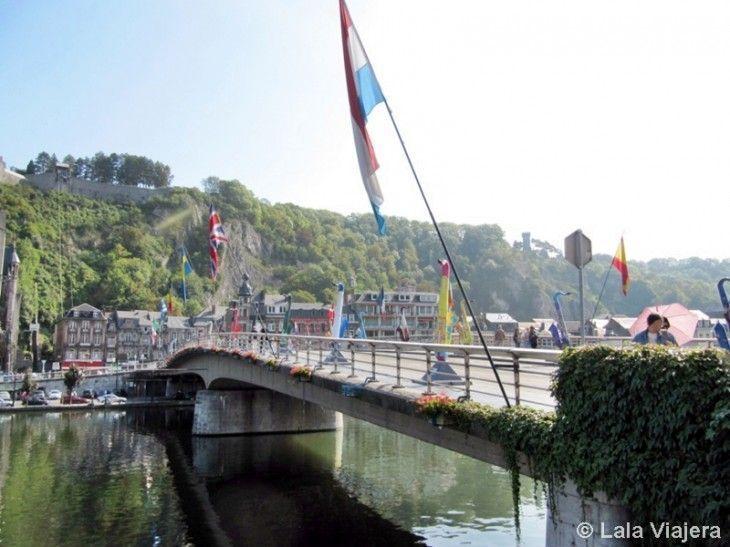 Puente de Charles De Gaulle sobre el Mosa, Dinant