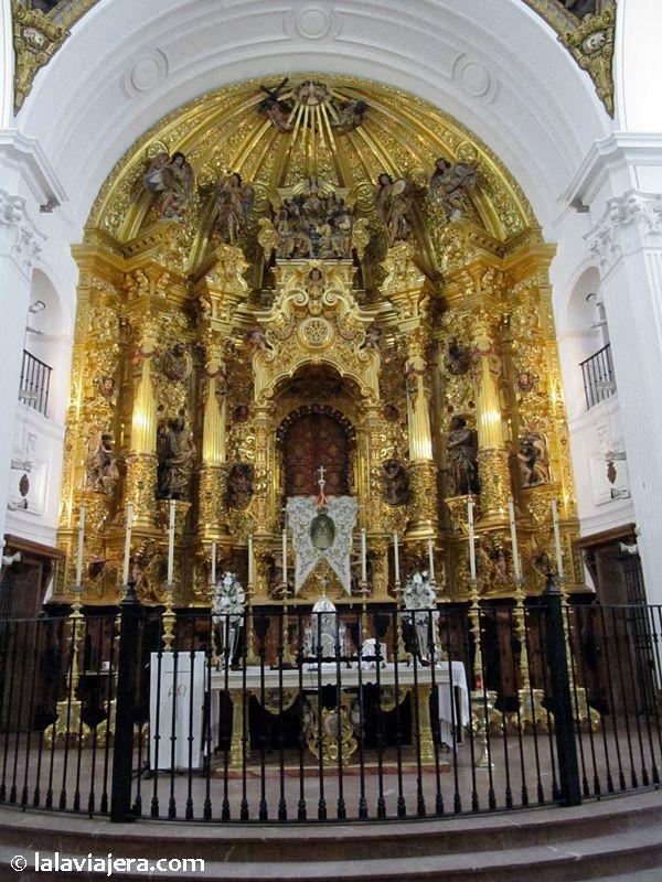 Retablo de la Virgen del Rocío en su ermita