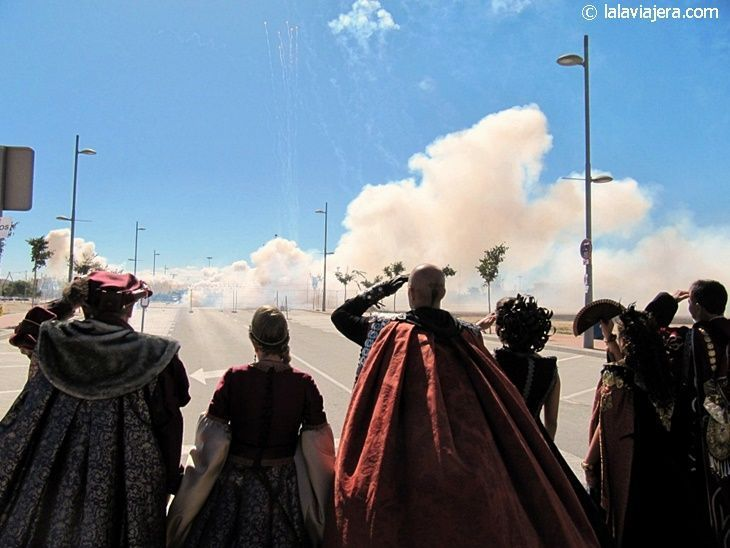 Mascletá, inicio de las Fiestas de Moros y Cristianos de El Campello