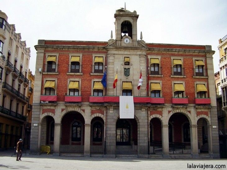 Ayuntamiento Nuevo de Zamora o Casa de las Panaderas