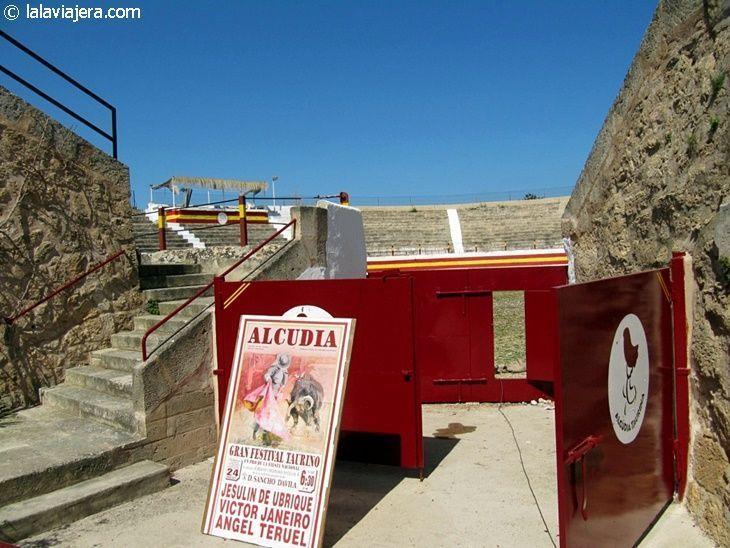 Baluarte de San Ferrán, la Plaza de Toros de Alcudia