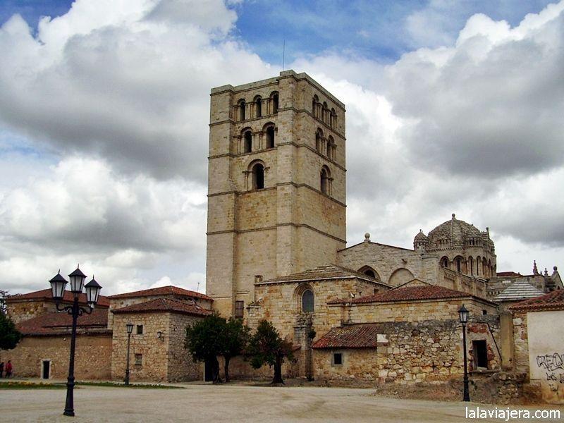 Ruta del rom nico en zamora lalaviajera for Catedral de zamora interior