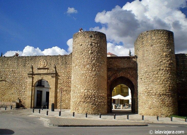 Murallas y Puerta de Almocábar, Ronda