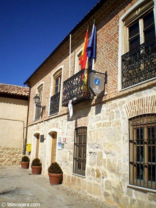 Ayuntamiento y oficina de turismo de Urueña