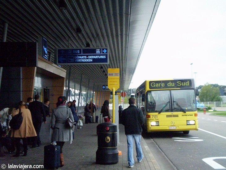 Brussels City Shuttle en el aeropuerto de Charleroi
