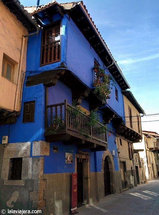Casa de las Muñecas, Garganta la Olla