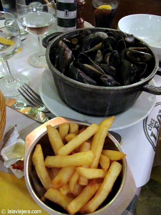 Mejillones con patatas fritas, Bélgica
