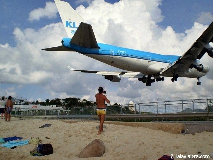 Aterrizajes de aviones en Maho Beach, St. Marteen