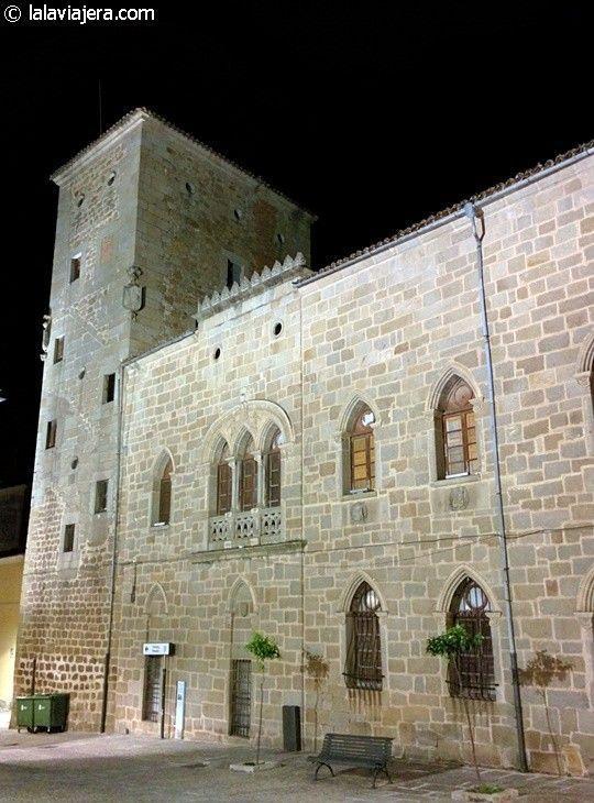 Palacio de los Monroy o Casa de las dos Torres, Plasencia