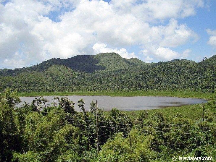 Lago del Parque nacional Grand Etang, Grenada