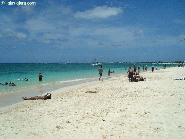 Playa Seven Mile, Gran Caimán