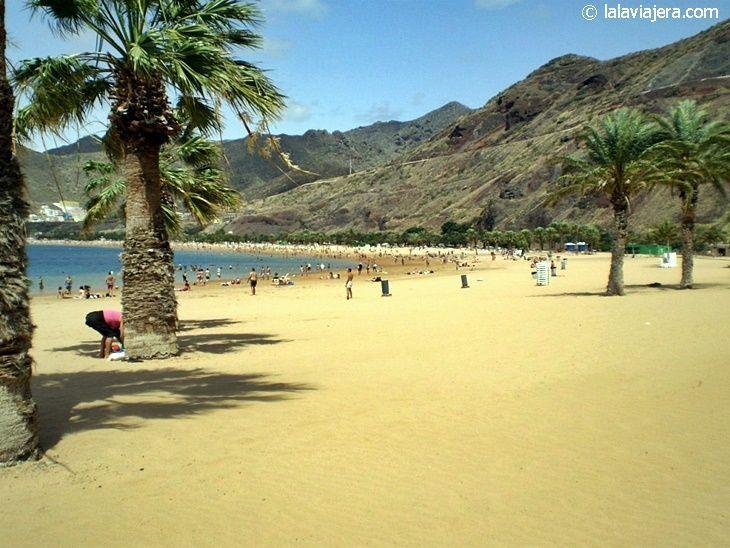 Las mejores playas de Tenerife: Las Teresitas (Santa Cruz de Tenerife)