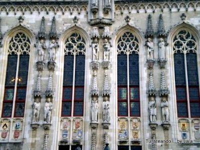 estatuas del ayuntamiento, stadhuis brujas
