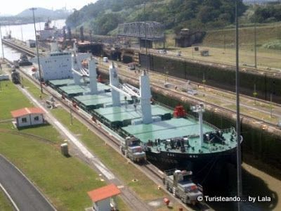 Panamax, esclusas miraflores, panama