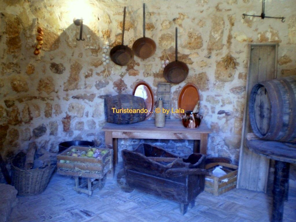 Visita al castillo de niebla lalaviajera - Cocinas castillo ...
