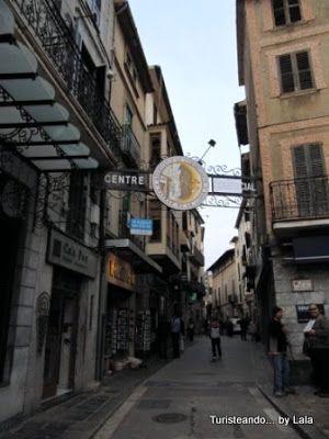 calle comercial sa luna, soller, mallorca