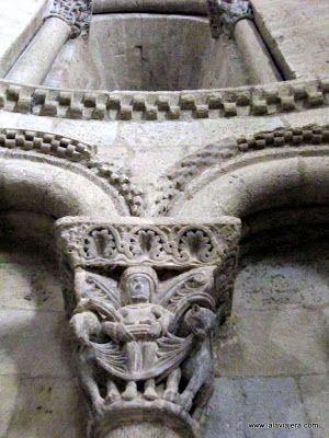 Capiteles Iglesia San Pedro, Castillo Loarre