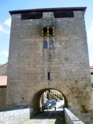 Torre Medieval Puente Ucanha, Portugal