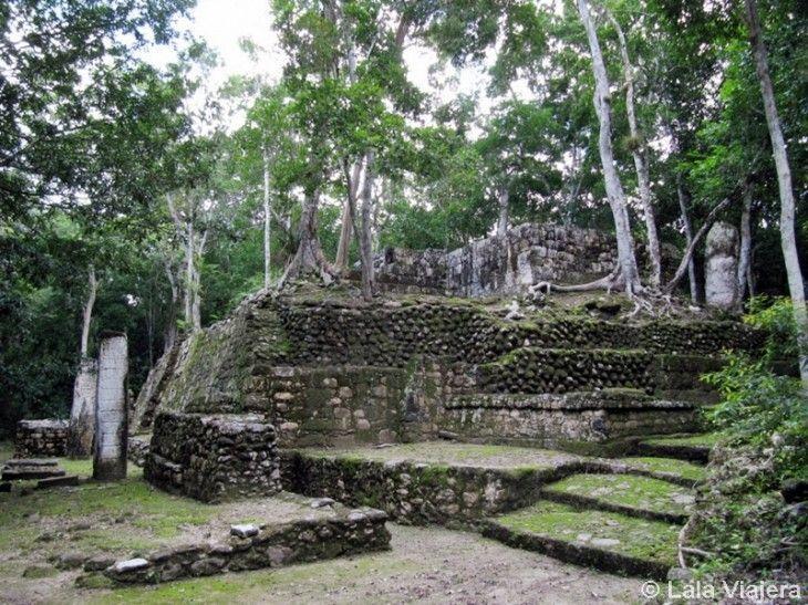 Pirámide en la antigua ciudad maya de Calakmul, Mexico