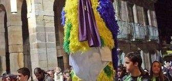 El Loro Ravachol, protagonista del Entroido de Pontevedra