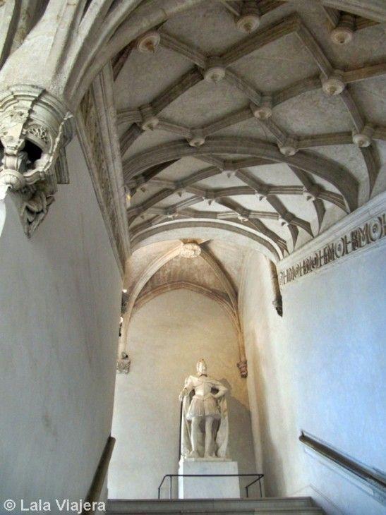 Estatua de Enrique IV en la Escalera de Honor, Castillo de Pau