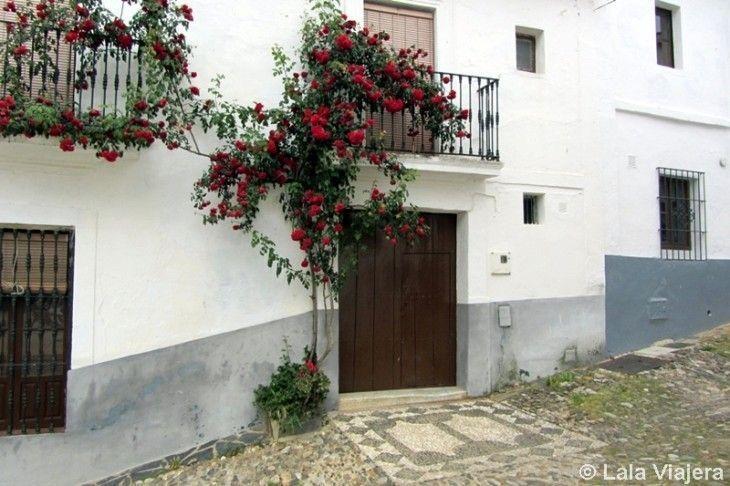 Típicos llanos o empedraos de Linares de la Sierra, Huelva