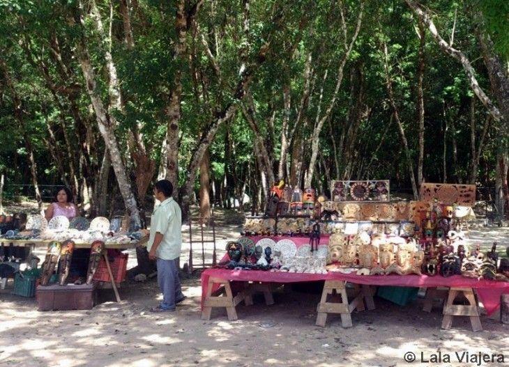 Puestos de souvenirs en Chichén Itzá