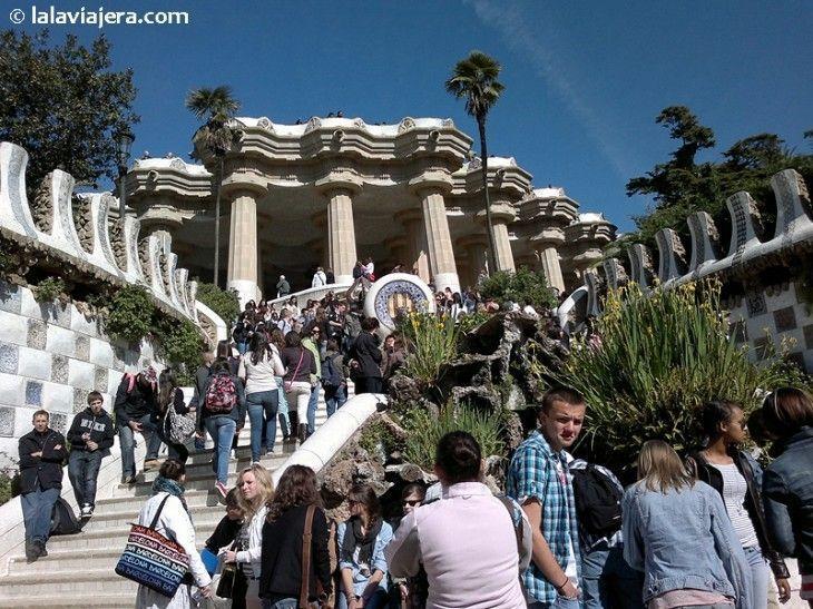 Escalinata y salamandra del Parque Güell