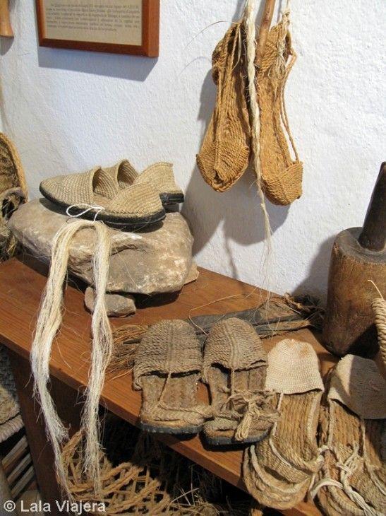 Artesanías en esparto típicas de Mijas