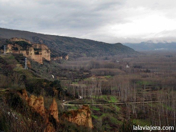 Las Barrancas de Santalla, desde el mirador El Balcón del Bierzo