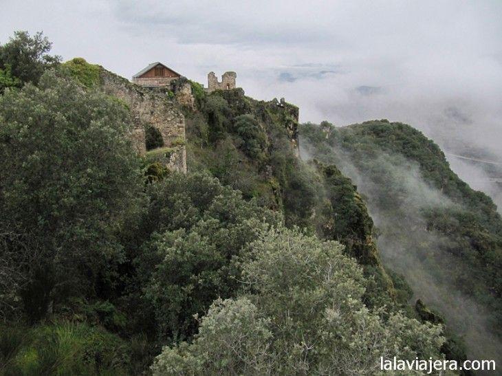 El Castillo de Cornatel, en El Bierzo
