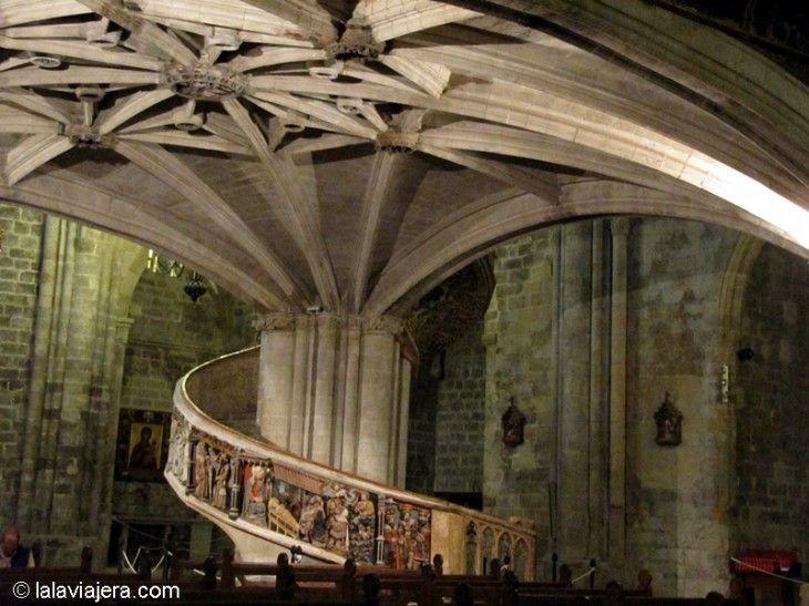 Escalera del claustro, Iglesia Arciprestal de Santa María la Mayor