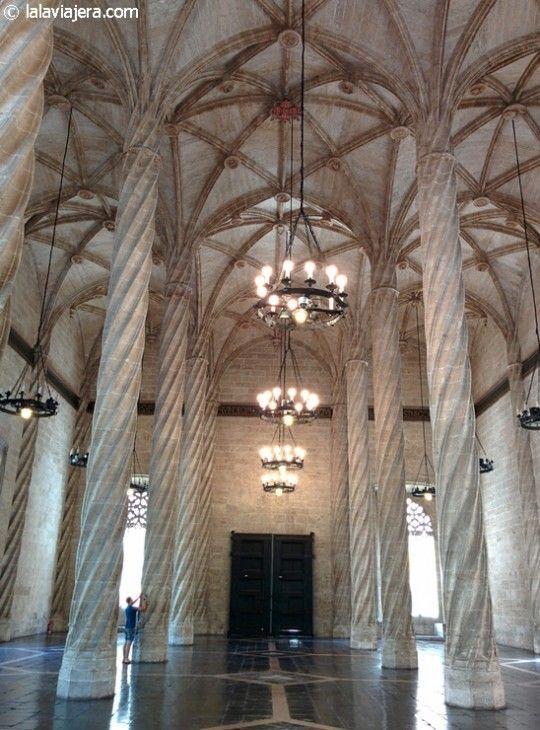 Sala Columnario de la Lonja de la Seda, Patrimonio de la Humanidad