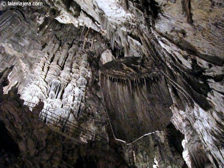 Sala de las Banderas, Cuevas de Artá