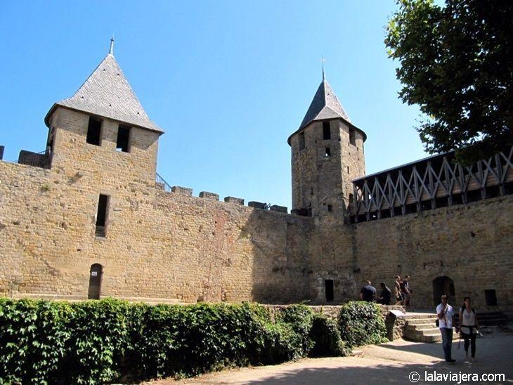 Patio de armas del Castillo de Carcassonne