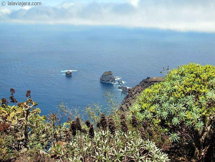 El Hierro, la isla de la tranquila diferencia. Vista desde el Mirador de la Peña