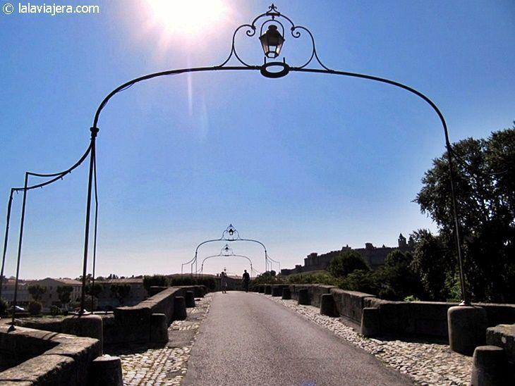 El Puente Viejo (Pont Vieux), acceso a la ciudadela de Carcassonne