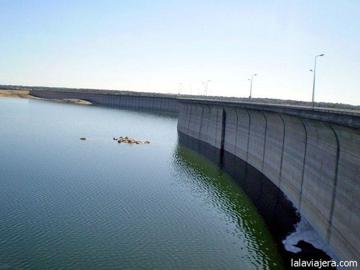 La presa de Almendra o salto de Villarino, en la provincia de Salamanca
