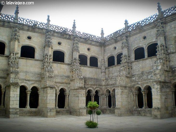 Claustro de los Obispos, Monasterio de Santo Estevo
