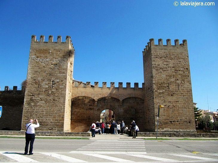 Puerta de Mallorca o de San Sebastián, Alcudia