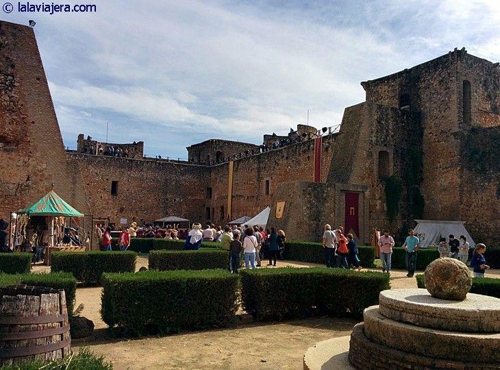 Castillo de Niebla durante la Feria Medieval de Tosantos, Huelva