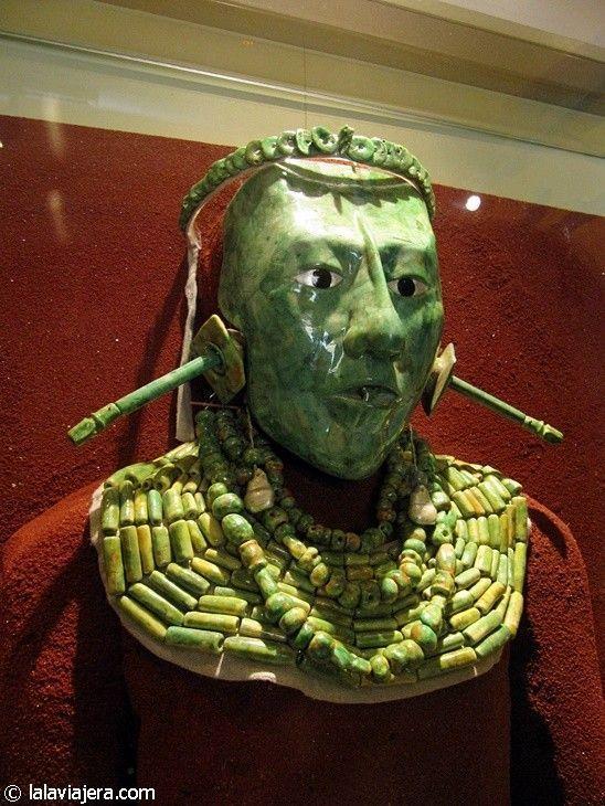 Máscara de jade hallada en la tumba de Pakal, Palenque